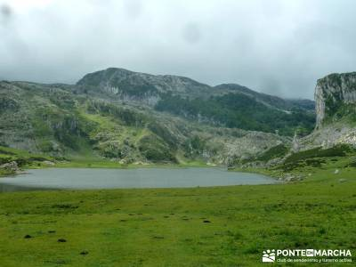 Descenso Sella - Lagos de Covadonga; gente senderista; clubs en madrid;senderismo personalizado